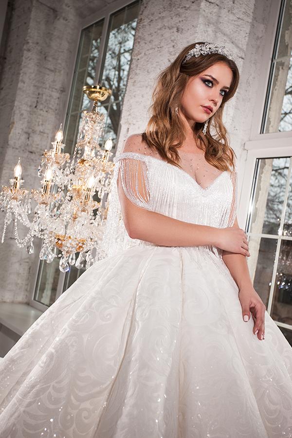 Модный свадебный дом Кокос Одесса, свадебные платья в Одессе цены ... e9e5172d1d3