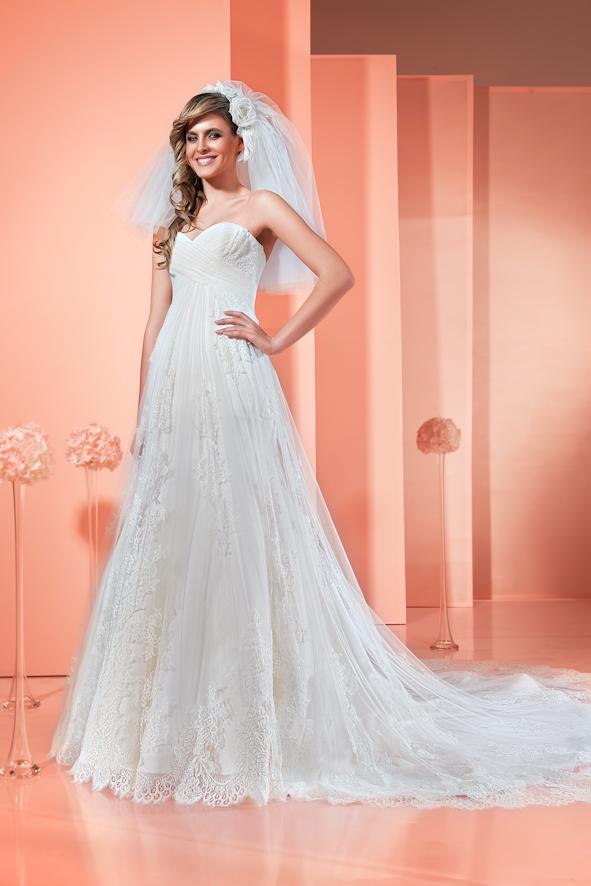 Модный свадебный дом Кокос Одесса, свадебные платья в Одессе цены